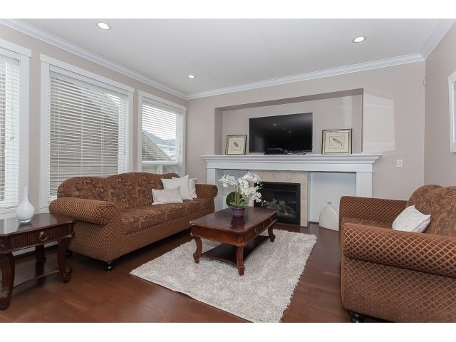 "Photo 6: Photos: 7237 202A Street in Langley: Willoughby Heights House for sale in ""JERICHO RIDGE"" : MLS®# R2054955"