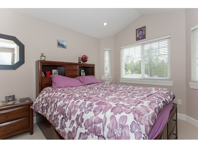 "Photo 19: Photos: 7237 202A Street in Langley: Willoughby Heights House for sale in ""JERICHO RIDGE"" : MLS®# R2054955"