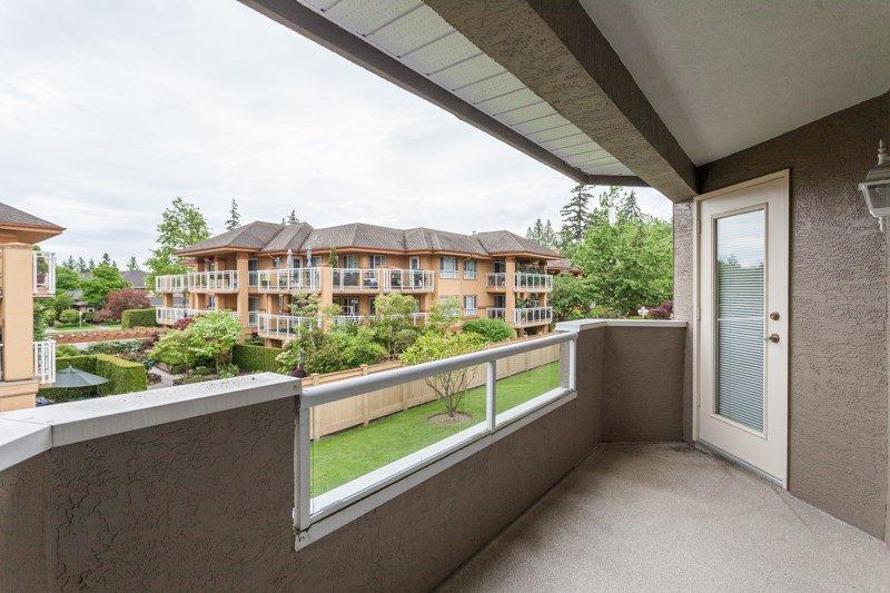"Photo 13: Photos: 204 2239 152 Street in Surrey: Sunnyside Park Surrey Condo for sale in ""Semiahmoo Estates"" (South Surrey White Rock)  : MLS®# R2065495"