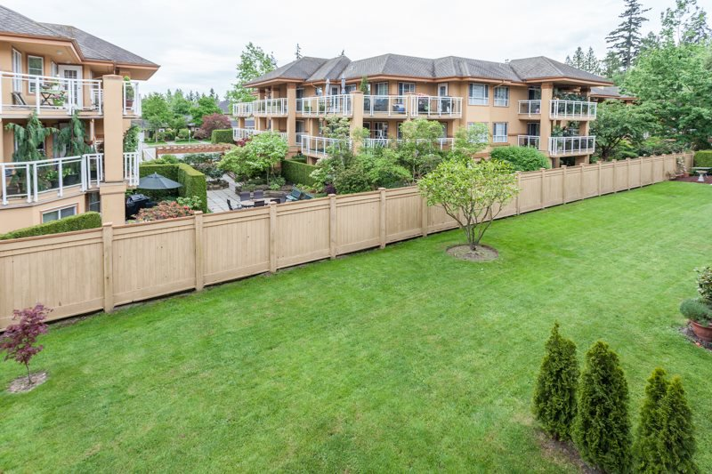 "Photo 15: Photos: 204 2239 152 Street in Surrey: Sunnyside Park Surrey Condo for sale in ""Semiahmoo Estates"" (South Surrey White Rock)  : MLS®# R2065495"