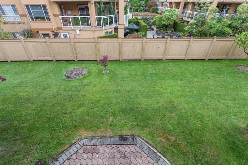 "Photo 14: Photos: 204 2239 152 Street in Surrey: Sunnyside Park Surrey Condo for sale in ""Semiahmoo Estates"" (South Surrey White Rock)  : MLS®# R2065495"