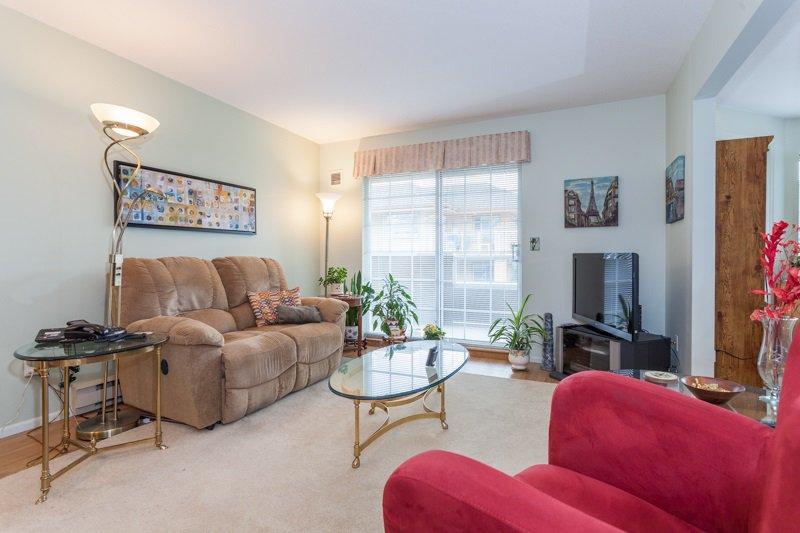 "Photo 7: Photos: 204 2239 152 Street in Surrey: Sunnyside Park Surrey Condo for sale in ""Semiahmoo Estates"" (South Surrey White Rock)  : MLS®# R2065495"