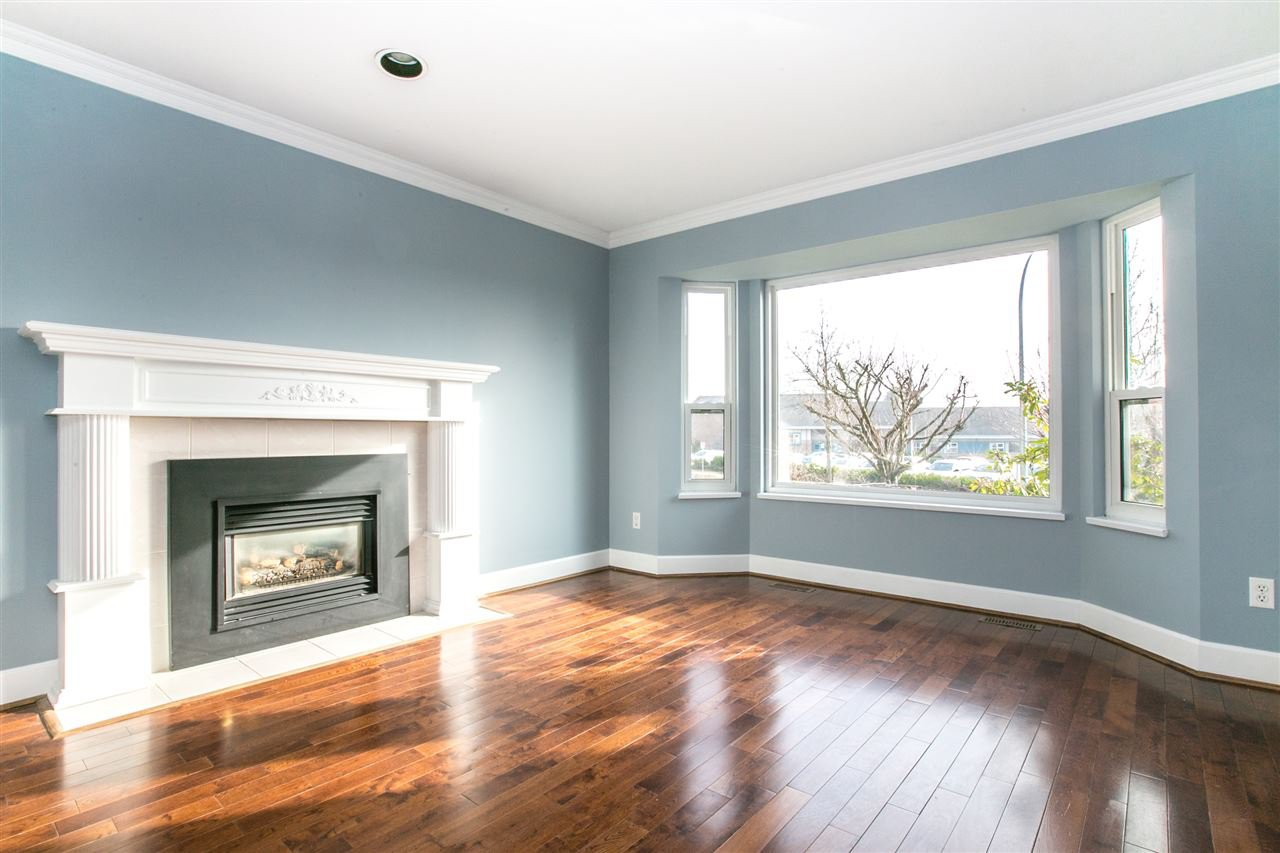 Main Photo:  in Port Coquitlam: Citadel PQ House for sale : MLS®# R2140694