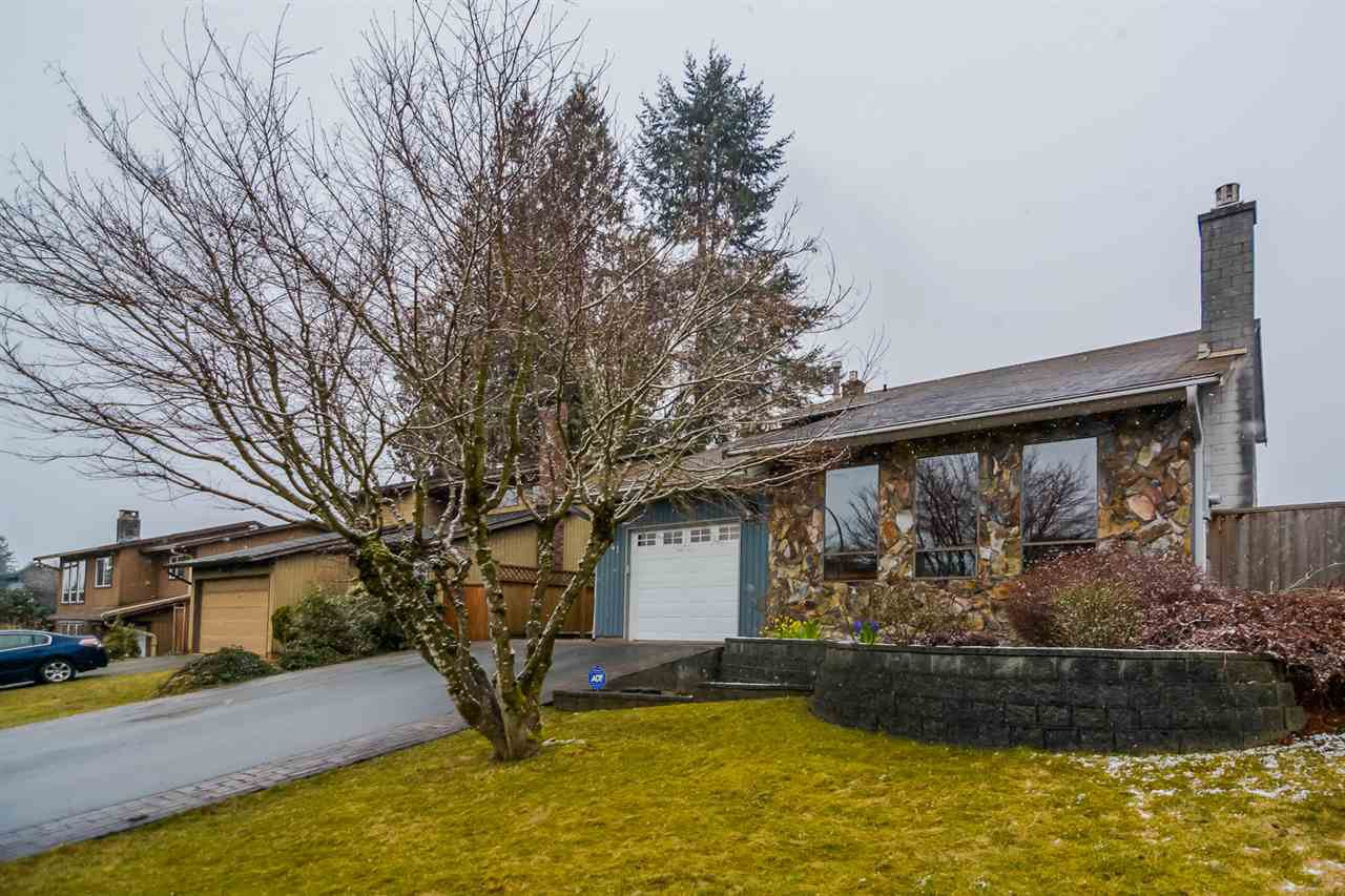 Main Photo: 3841 ULSTER Street in Port Coquitlam: Oxford Heights House for sale : MLS®# R2142329