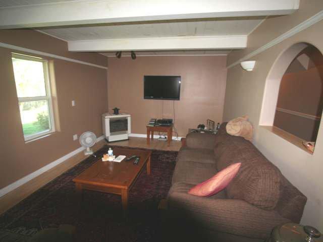 Photo 8: Photos: 531 MARRIOTT ROAD in : Heffley House for sale (Kamloops)  : MLS®# 140295