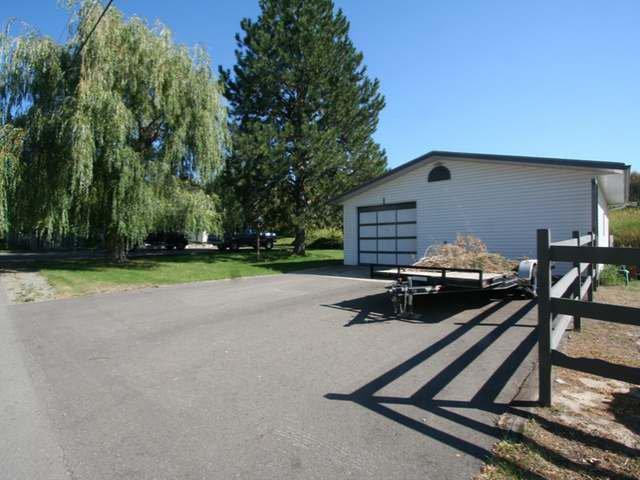 Photo 3: Photos: 531 MARRIOTT ROAD in : Heffley House for sale (Kamloops)  : MLS®# 140295