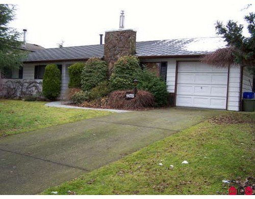 Main Photo: 7269 141A Street in Surrey: Home for sale : MLS®# F2728745
