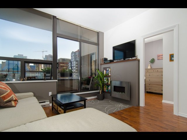 Main Photo: 1010 1010 HOWE STREET in Vancouver: Downtown VW Condo for sale (Vancouver West)  : MLS®# R2184383