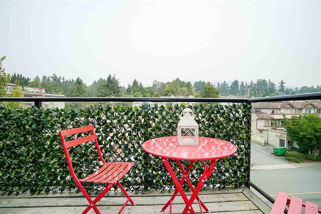 Photo 15: Photos: 405 935 W 16TH Street in North Vancouver: Hamilton Condo for sale : MLS®# R2204015