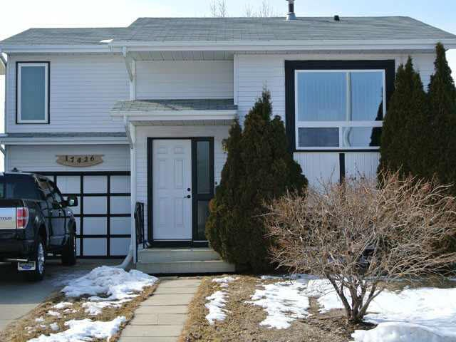 Main Photo: 17426 96 Street in Edmonton: House for sale : MLS®# E3368241