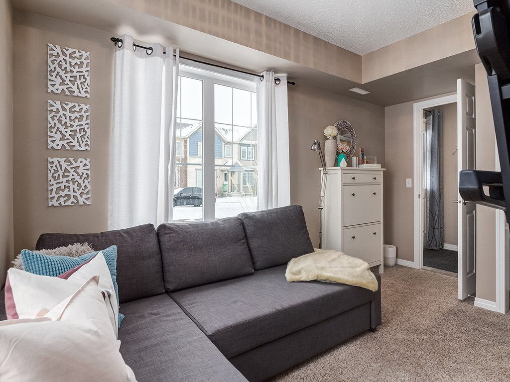 Main Photo: 100 Windstone Link SW in Airdrie: House for sale : MLS®# C4163844