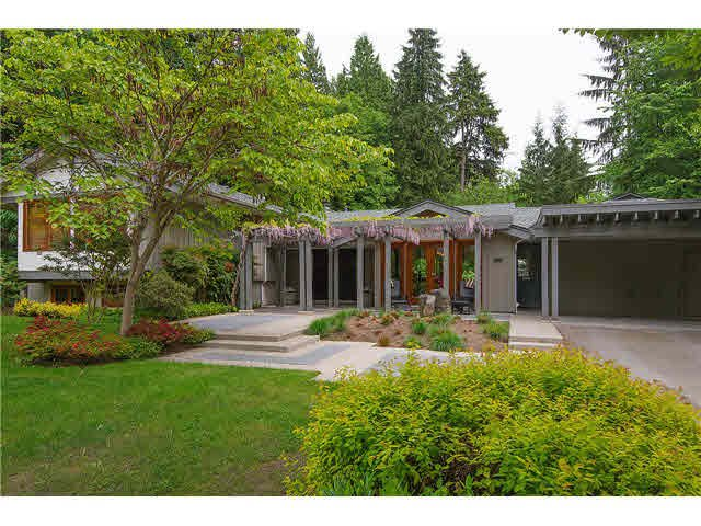 Main Photo: 604 THE DEL in North Vancouver: Delbrook House for sale : MLS®# V1065926