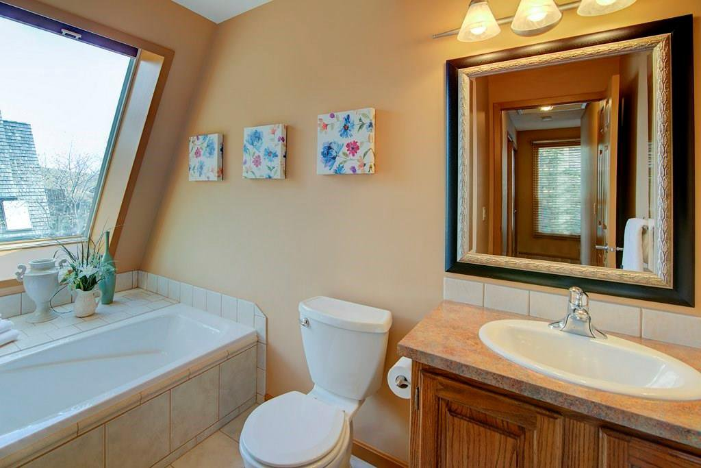 Photo 16: Photos: 42 700 RANCH ESTATES Place NW in Calgary: Ranchlands House for sale : MLS®# C4178885