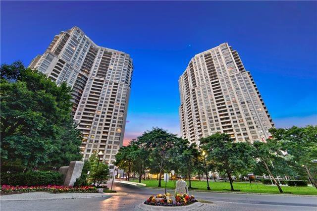 Main Photo: 2022 25 Kingsbridge Garden Circle in Mississauga: Hurontario Condo for sale : MLS®# W4187139