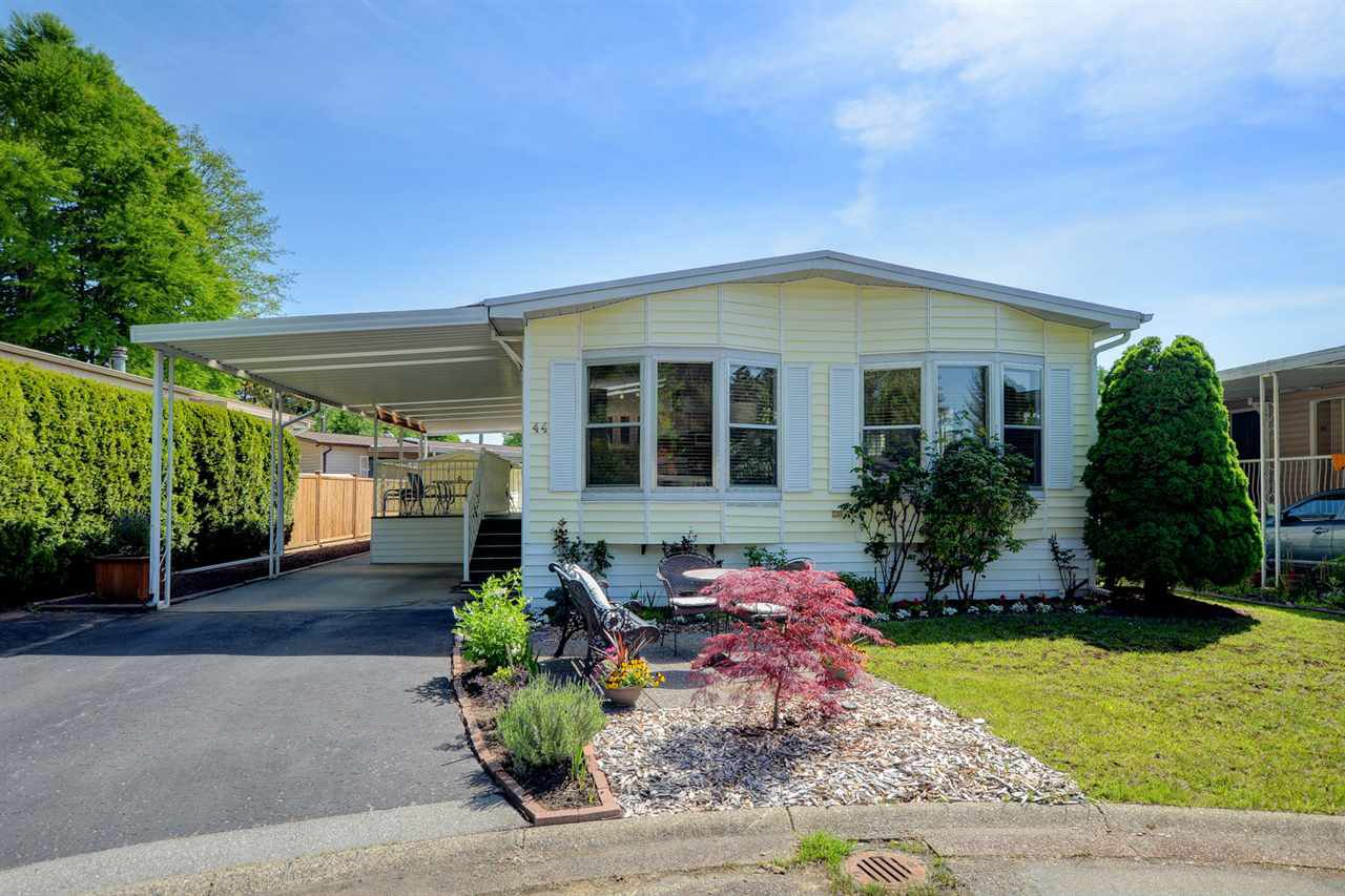 """Main Photo: 44 145 KING EDWARD Street in Coquitlam: Maillardville Manufactured Home for sale in """"MILL CREEK VILLAGE"""" : MLS®# R2300714"""