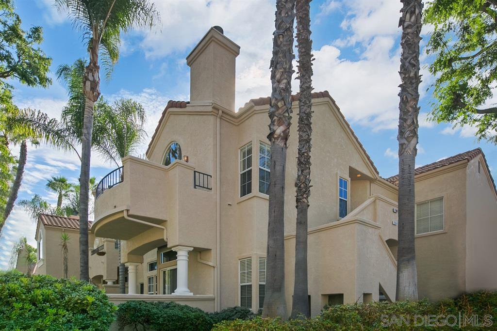 Main Photo: TIERRASANTA Condo for rent : 2 bedrooms : 11180 Portobelo Dr in San Diego