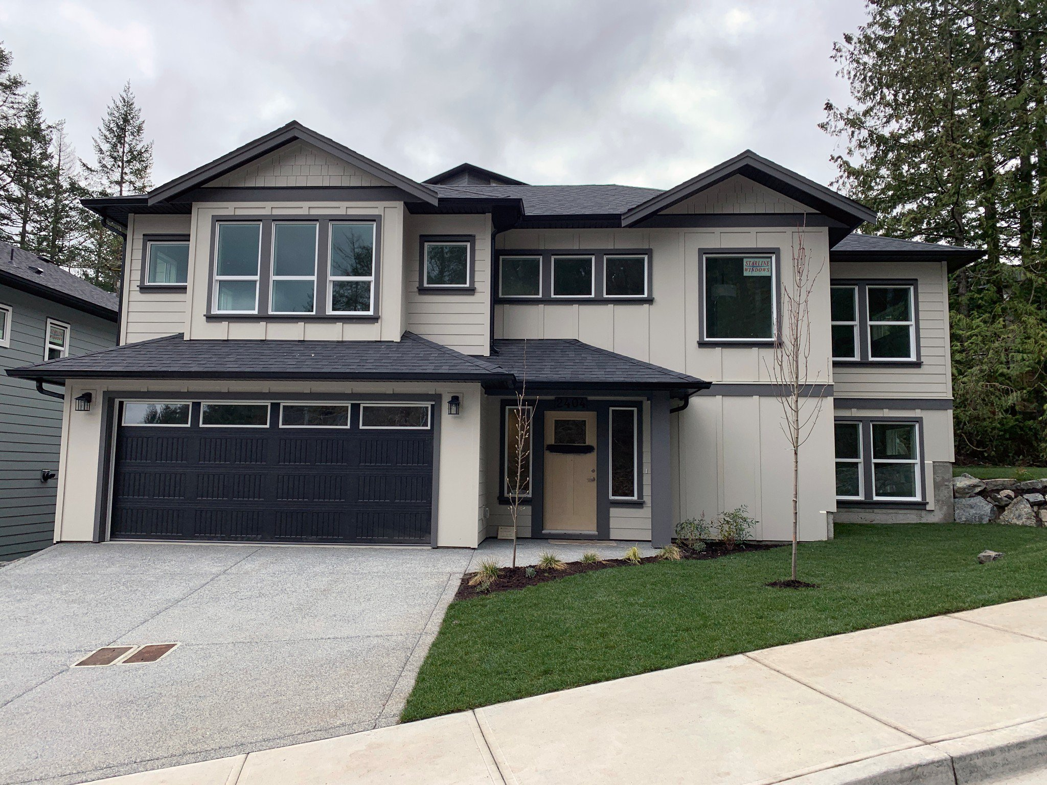 Main Photo: 2404 Chilco Road in : VR Six Mile Single Family Detached for sale (View Royal)  : MLS®# 404280