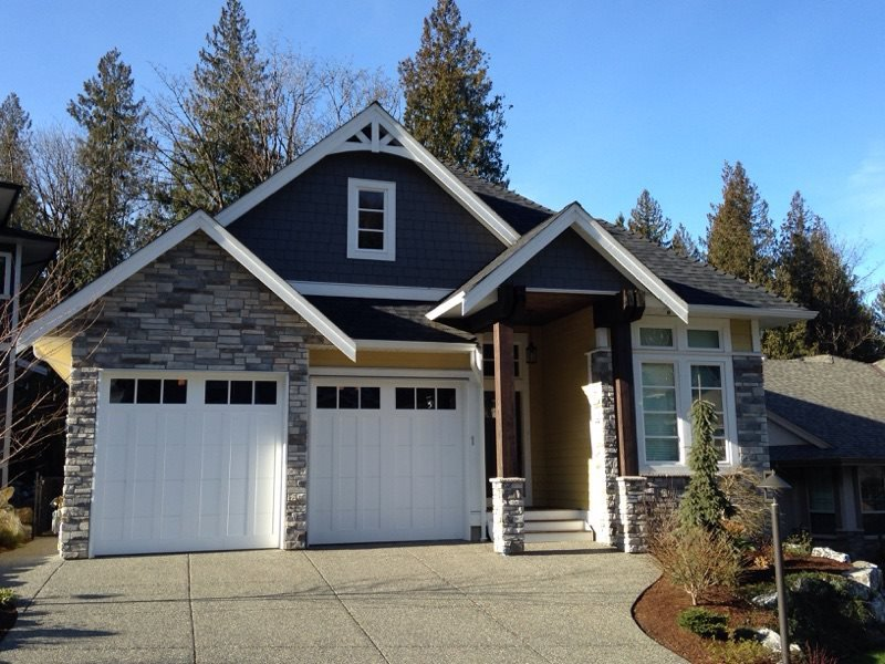 Main Photo: 1 7854 BROOKWOOD Place in Chilliwack: Eastern Hillsides House for sale : MLS®# R2337090