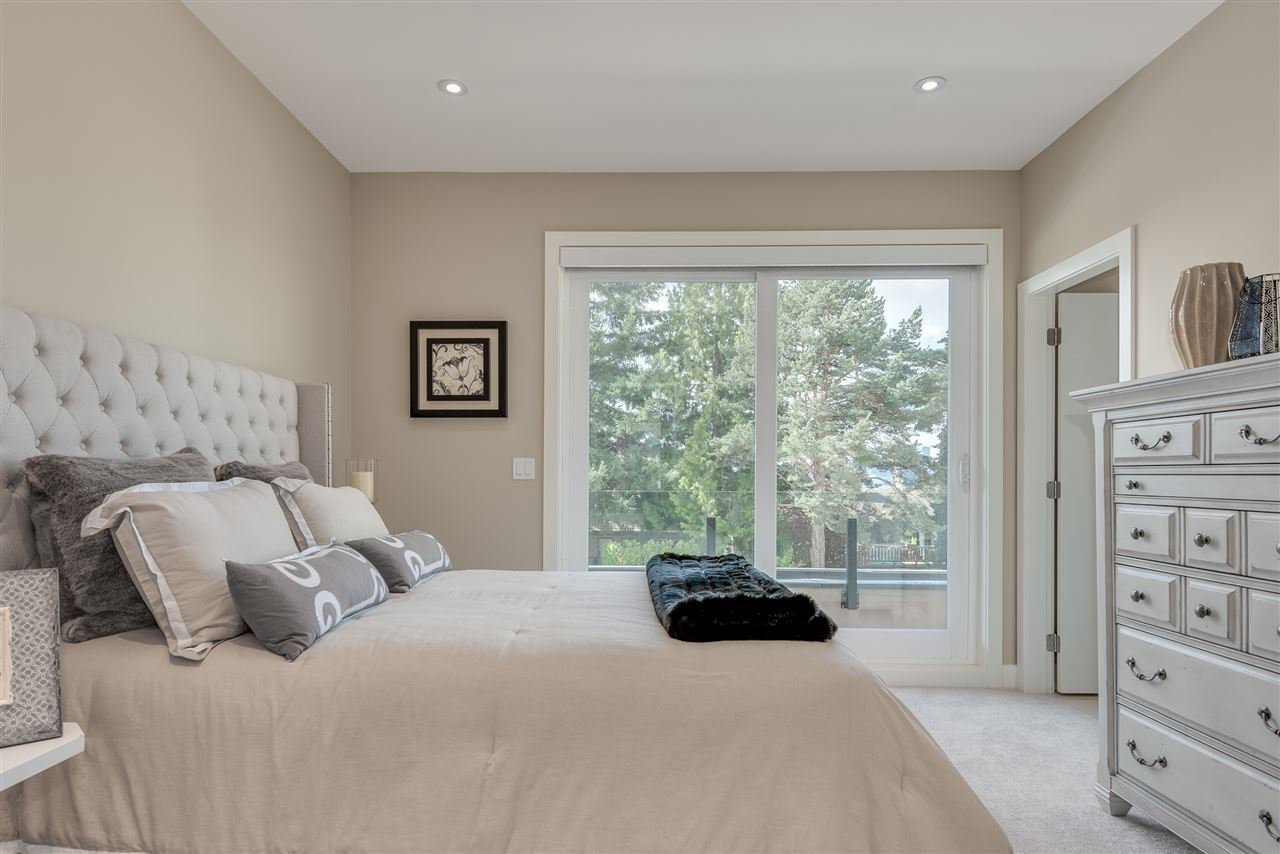 Photo 14: Photos: 316 E 4TH Street in North Vancouver: Lower Lonsdale House 1/2 Duplex for sale : MLS®# R2370138