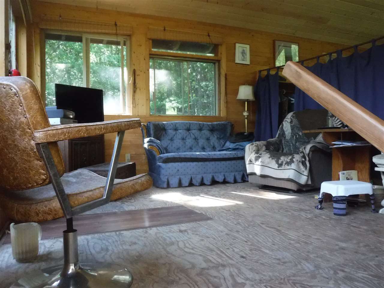 Photo 3: Photos: 3736 20 Highway in Bella Coola: Bella Coola/Hagensborg House for sale (Williams Lake (Zone 27))  : MLS®# R2376163