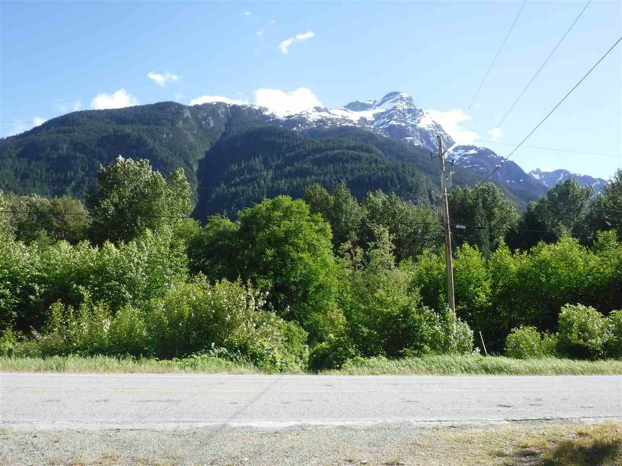Photo 10: Photos: 3736 20 Highway in Bella Coola: Bella Coola/Hagensborg House for sale (Williams Lake (Zone 27))  : MLS®# R2376163