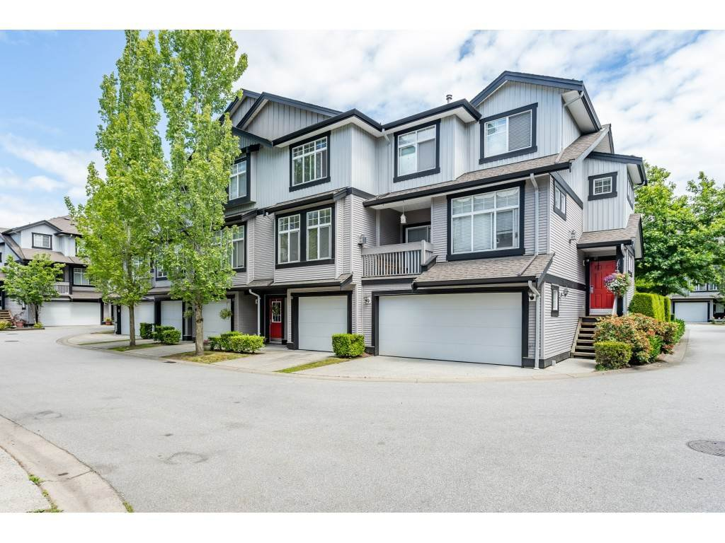 """Main Photo: 26 18828 69 Avenue in Surrey: Clayton Townhouse for sale in """"Starpoint"""" (Cloverdale)  : MLS®# R2381768"""