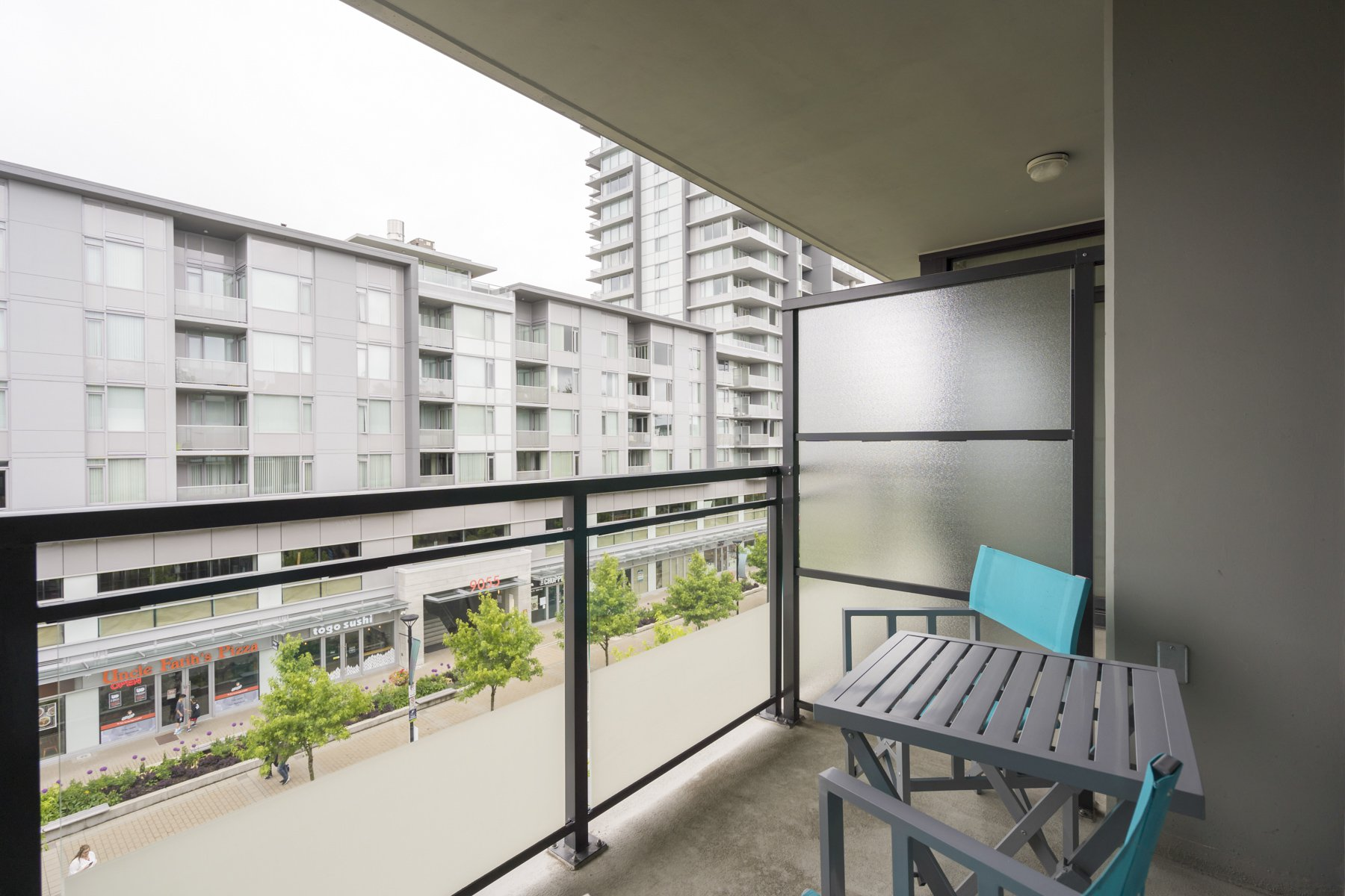 "Photo 16: Photos: 614 9009 CORNERSTONE Mews in Burnaby: Simon Fraser Univer. Condo for sale in ""THE HUB"" (Burnaby North)  : MLS®# R2386947"