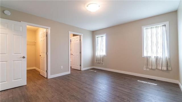 Photo 11: Photos: 74 ROCKRIDGE Drive in Blumenort: R16 Residential for sale : MLS®# 1921809