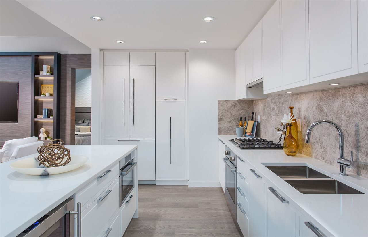Main Photo: 1107 118 CARRIE CATES COURT in : Lower Lonsdale Condo for sale : MLS®# R2127857