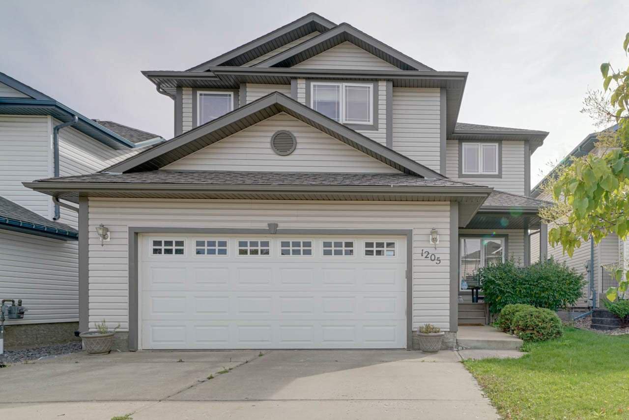 Main Photo: 1205 ORMSBY Lane in Edmonton: Zone 20 House for sale : MLS®# E4173915