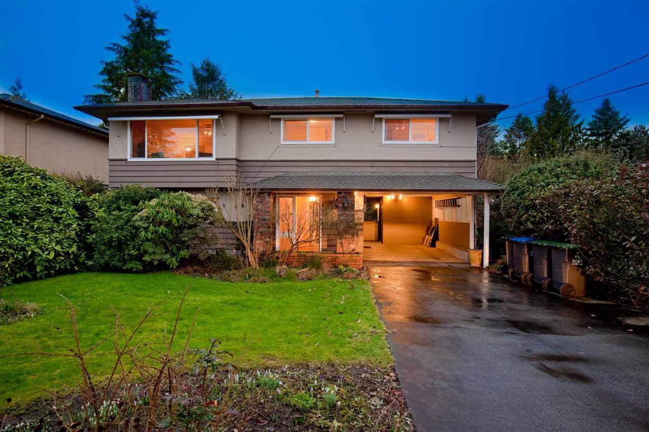 "Main Photo: 2139 TYNER Street in Port Coquitlam: Central Pt Coquitlam House for sale in ""Central Port Coquitlam"" : MLS®# R2441235"