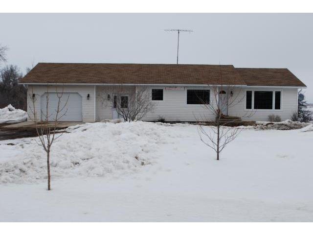 Main Photo: 34 N Road in NOTREDAMELRDS: Manitoba Other Residential for sale : MLS®# 1105487