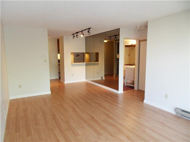 Main Photo: 201 1775 W 10TH Avenue in Vancouver: Fairview VW Condo for sale (Vancouver West)  : MLS®# V1055513