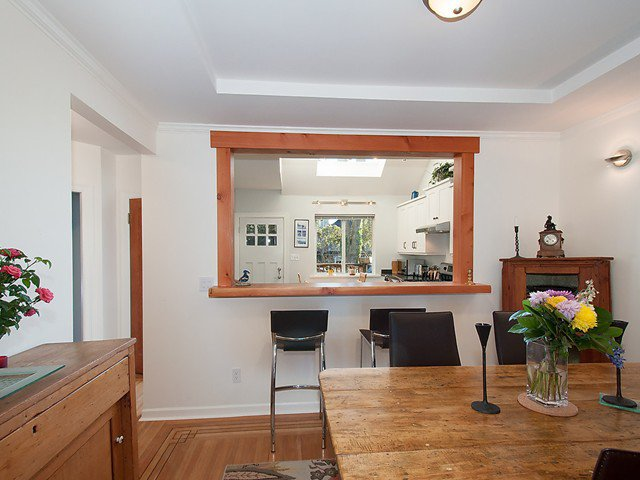 Photo 4: Photos: 3322 W 6TH Avenue in Vancouver: Kitsilano House for sale (Vancouver West)  : MLS®# V1106769