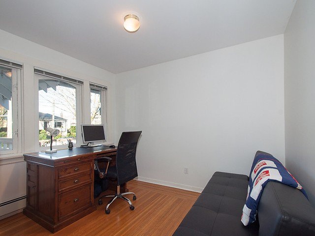 Photo 7: Photos: 3322 W 6TH Avenue in Vancouver: Kitsilano House for sale (Vancouver West)  : MLS®# V1106769
