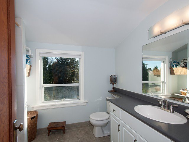 Photo 12: Photos: 3322 W 6TH Avenue in Vancouver: Kitsilano House for sale (Vancouver West)  : MLS®# V1106769