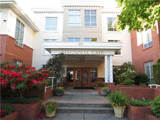 """Main Photo: 227 383 E 37TH Avenue in Vancouver: Main Condo for sale in """"MAGNOLIA GATE"""" (Vancouver East)  : MLS®# V1120105"""