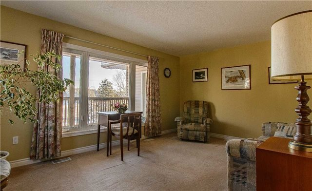 Photo 5: Photos: 230 Rankin Lake Road in Seguin: House (Bungalow) for sale : MLS®# X3408812