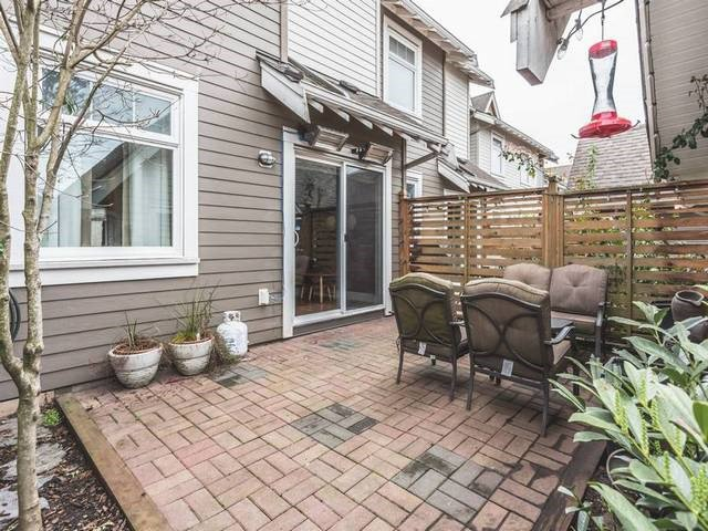 """Photo 10: Photos: 255 SALTER Street in New Westminster: Queensborough Condo for sale in """"PORT ROYAL"""" : MLS®# R2043720"""