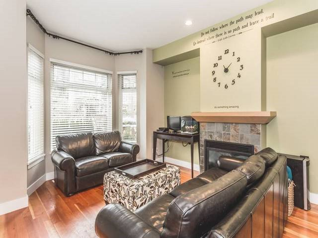 """Photo 2: Photos: 255 SALTER Street in New Westminster: Queensborough Condo for sale in """"PORT ROYAL"""" : MLS®# R2043720"""