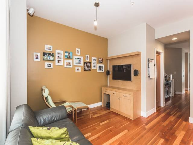 """Photo 15: Photos: 255 SALTER Street in New Westminster: Queensborough Condo for sale in """"PORT ROYAL"""" : MLS®# R2043720"""