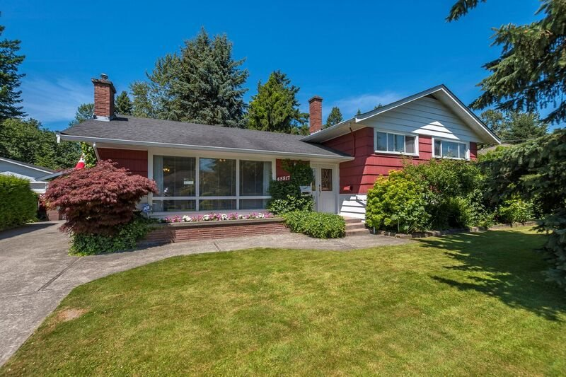 Main Photo: 45817 BERKELEY Avenue in Chilliwack: Chilliwack N Yale-Well House for sale : MLS®# R2184650