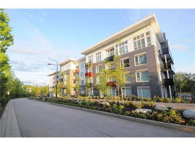 Main Photo: 308 9250 UNIVERSITY HIGH Street in Burnaby: Simon Fraser Univer. Condo for sale (Burnaby North)  : MLS®# R2198219
