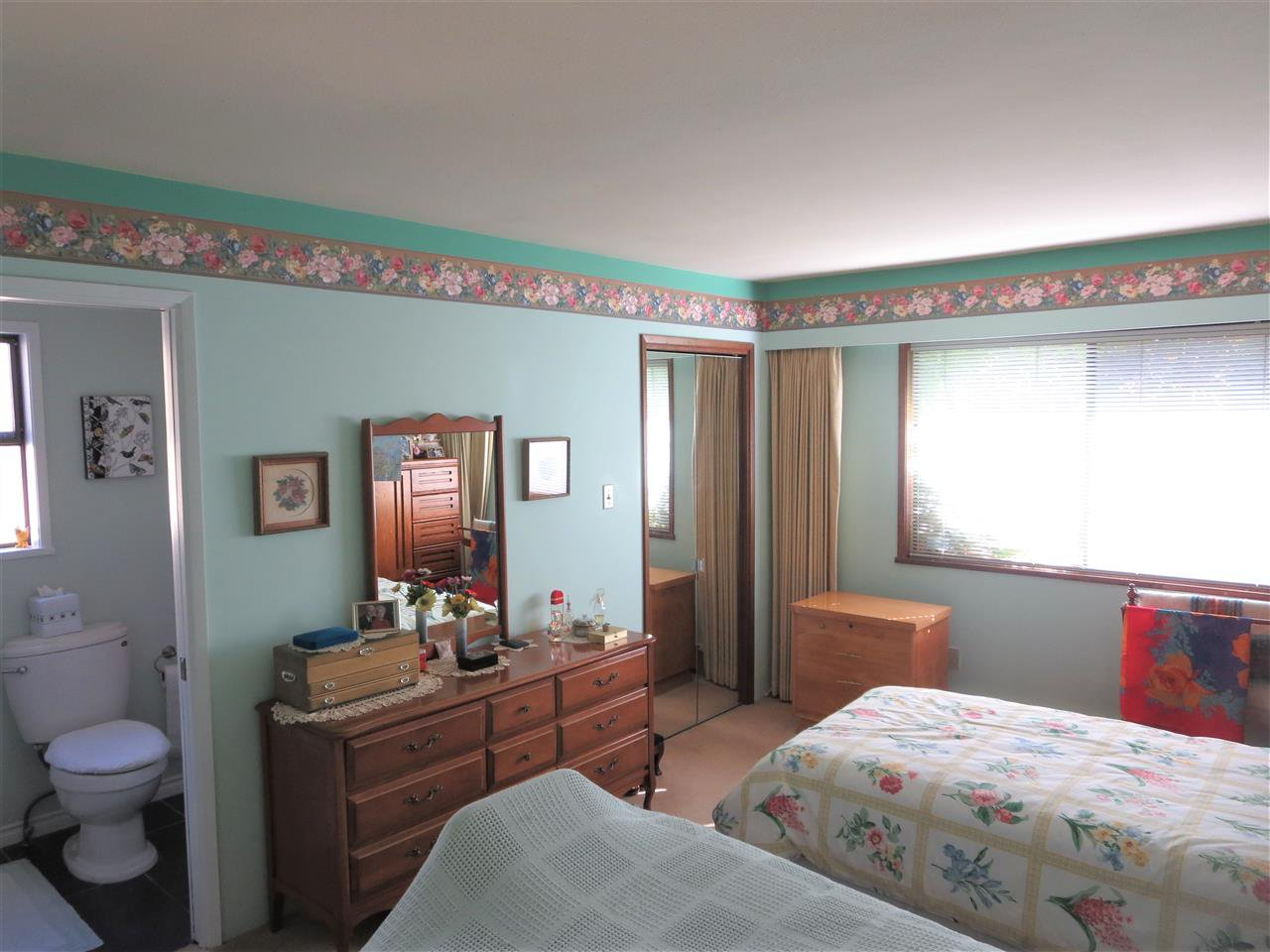 Photo 7: Photos: 10560 HOGARTH Drive in Richmond: Woodwards House for sale : MLS®# R2213924