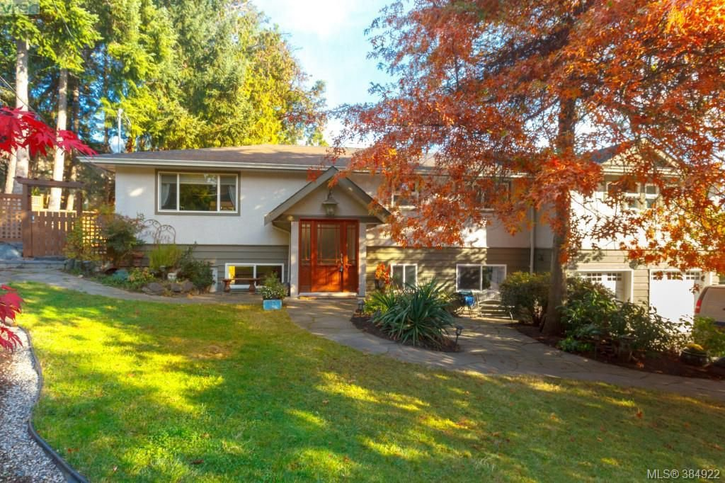 Main Photo: 10964 Madrona Drive in NORTH SAANICH: NS Deep Cove Single Family Detached for sale (North Saanich)  : MLS®# 384922