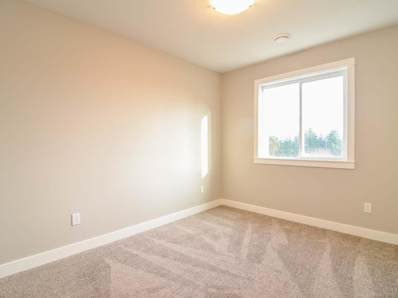 Photo 11: Photos: 2 595 Petersen Rd in CAMPBELL RIVER: CR Campbell River West Half Duplex for sale (Campbell River)  : MLS®# 775153