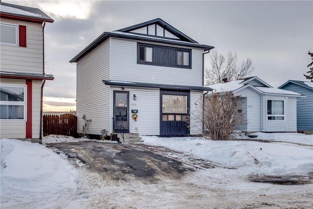 Photo 4: Photos: 111 ERIN RIDGE Road SE in Calgary: Erin Woods House for sale : MLS®# C4162823