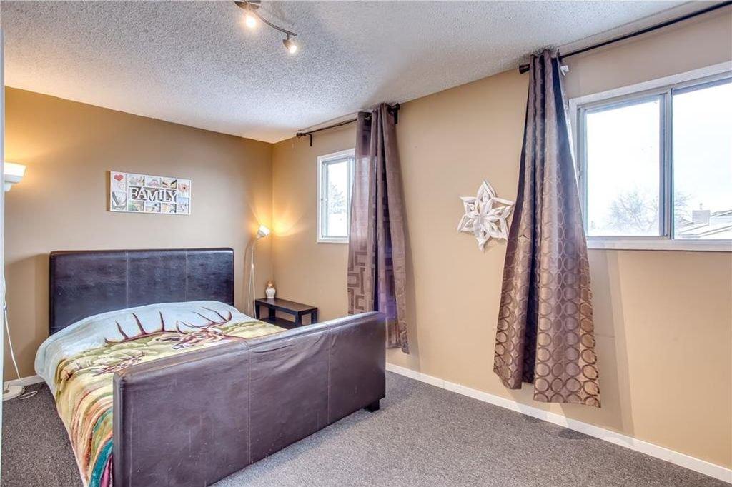 Photo 29: Photos: 111 ERIN RIDGE Road SE in Calgary: Erin Woods House for sale : MLS®# C4162823
