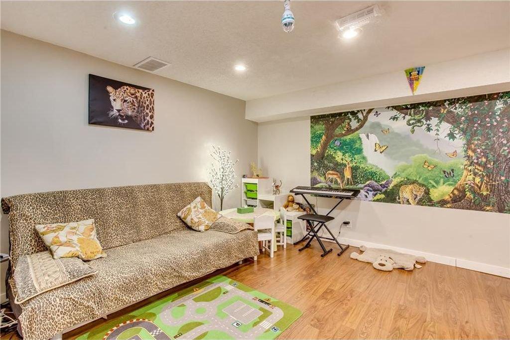 Photo 34: Photos: 111 ERIN RIDGE Road SE in Calgary: Erin Woods House for sale : MLS®# C4162823