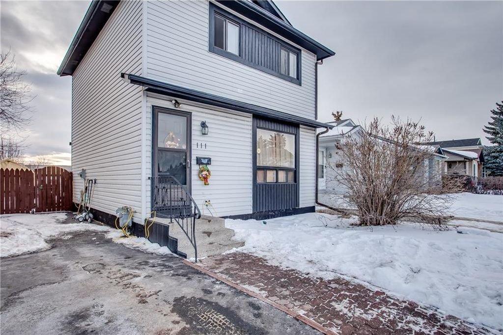 Photo 6: Photos: 111 ERIN RIDGE Road SE in Calgary: Erin Woods House for sale : MLS®# C4162823